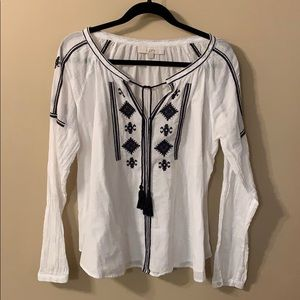 Soft long sleeved top!